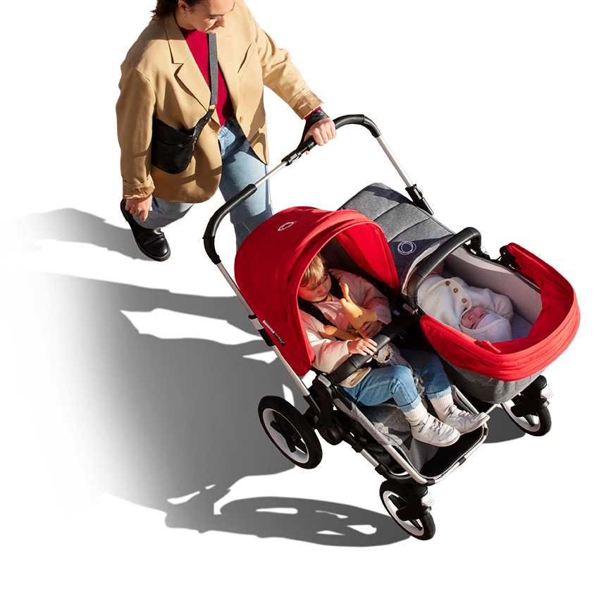 Siblings side by side in Bugaboo Donkey 3