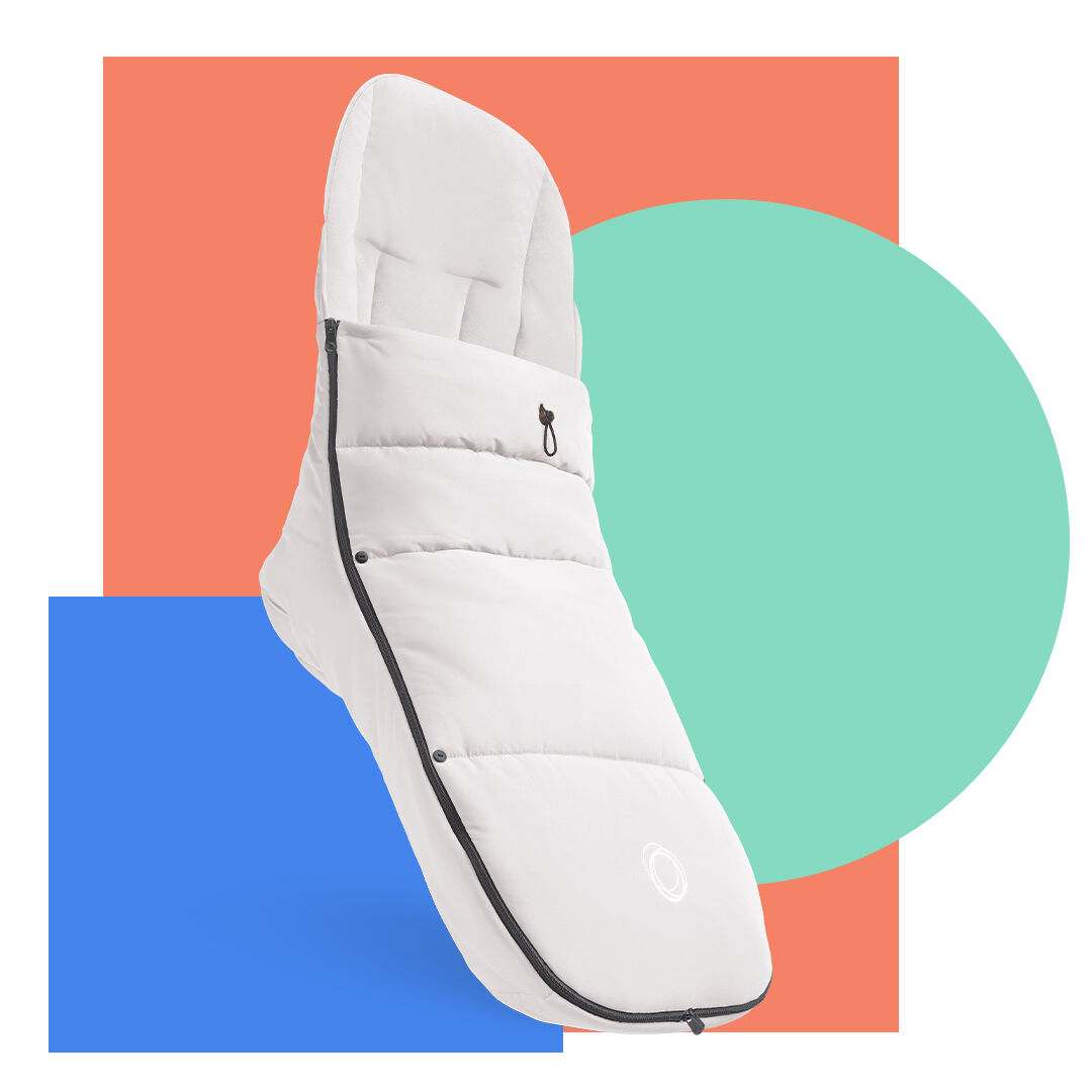 Bugaboo Footmuff in white - product highlight.