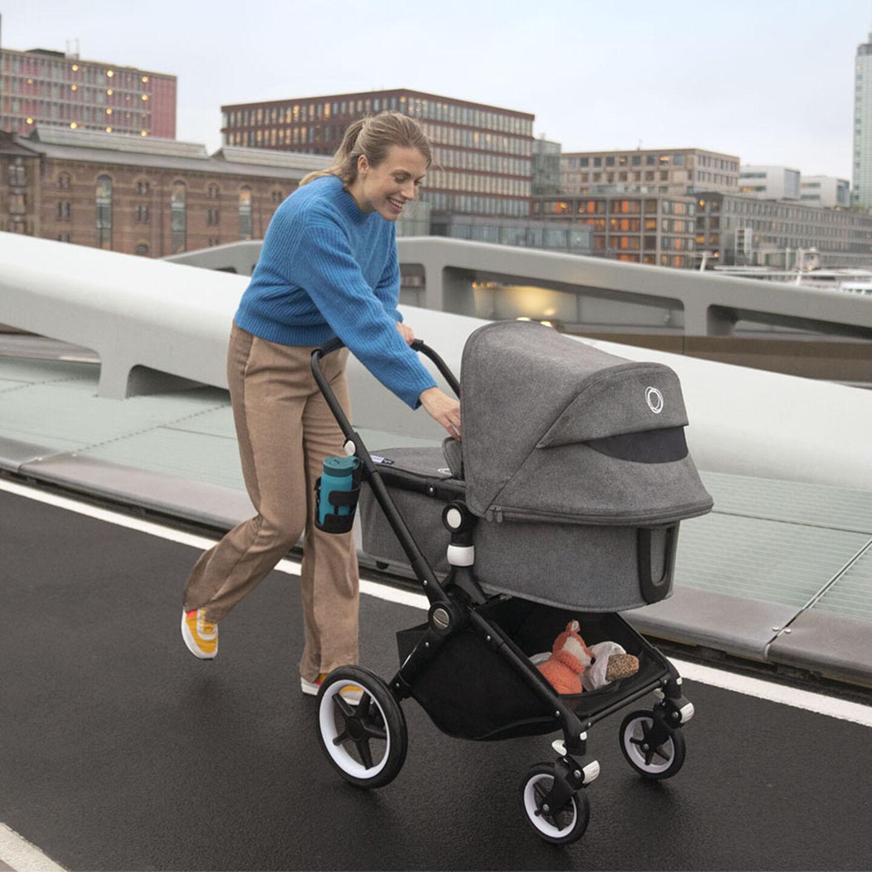 Lynx stroller with bassinet