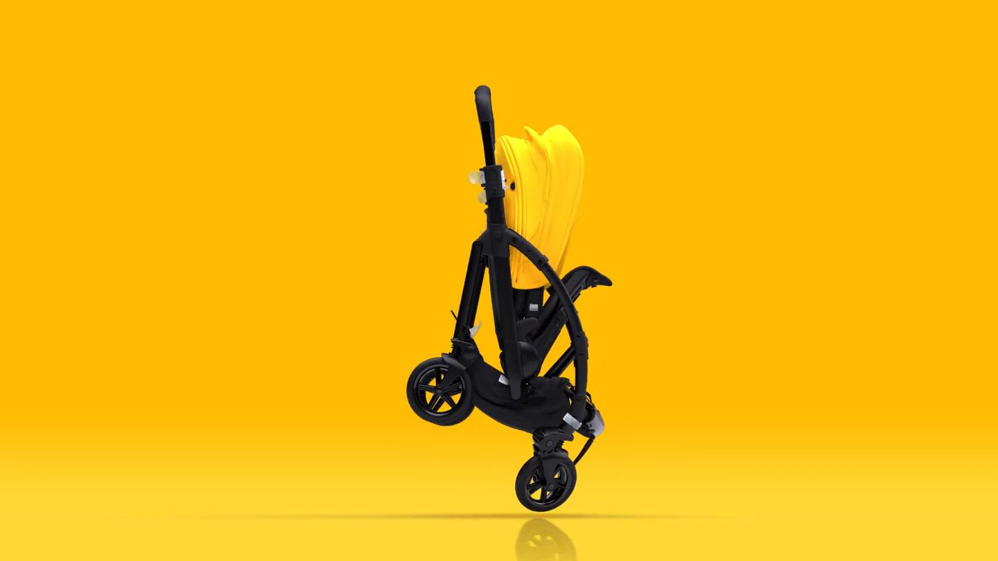 Video displaying the compact design of the Bugaboo Bee 6 pram