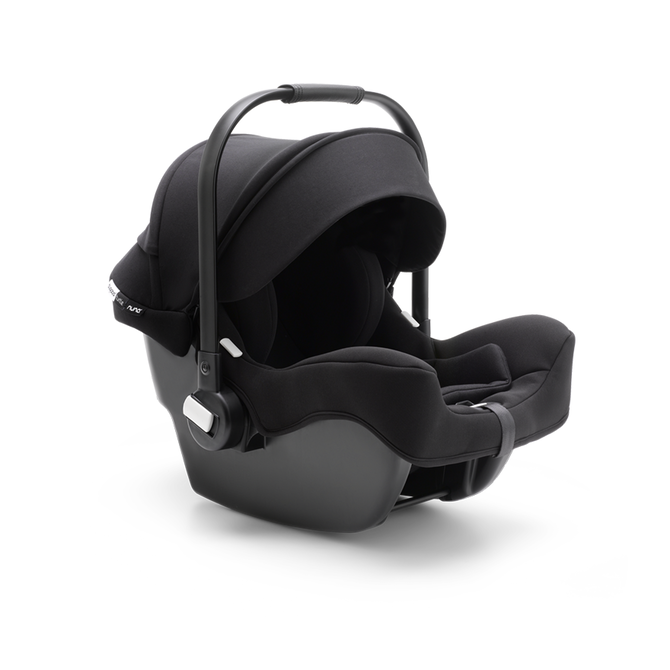 Everything you need for an effortless journey. From car to pushchair and back, so that you can simply enjoy the ride.