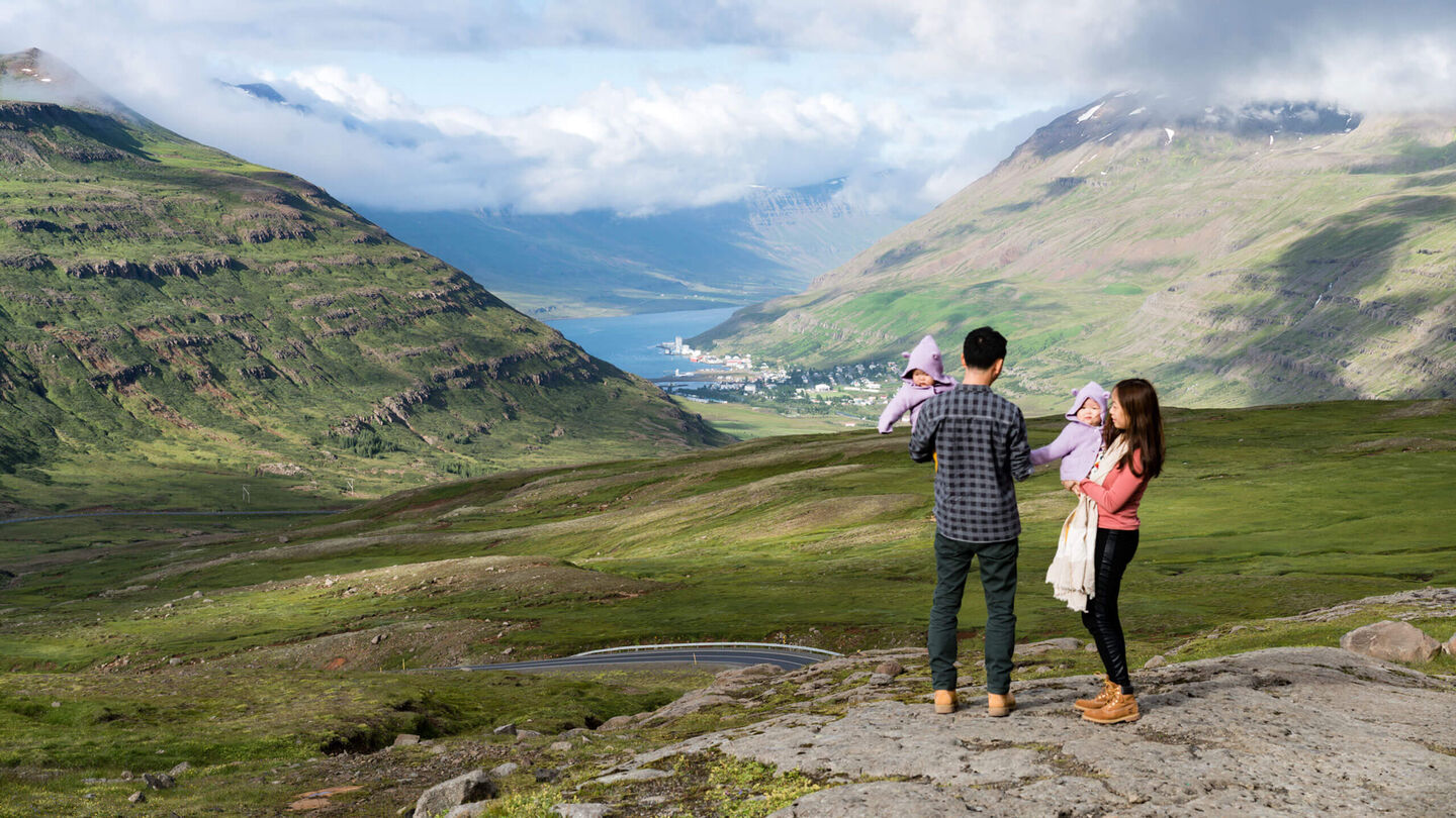 Travel with kids: around the world with twins