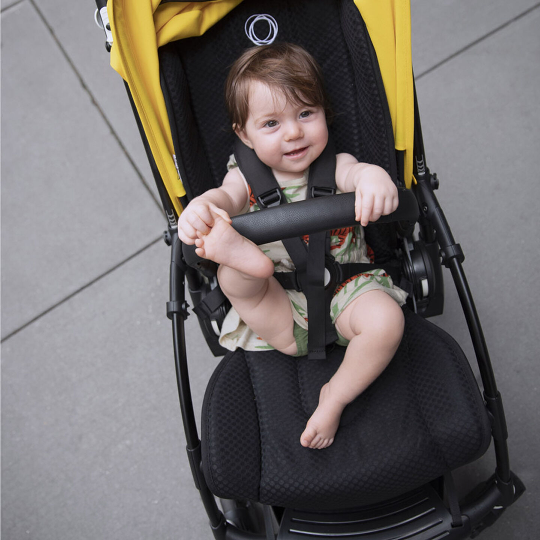 Child sitting in Bee 6 stroller