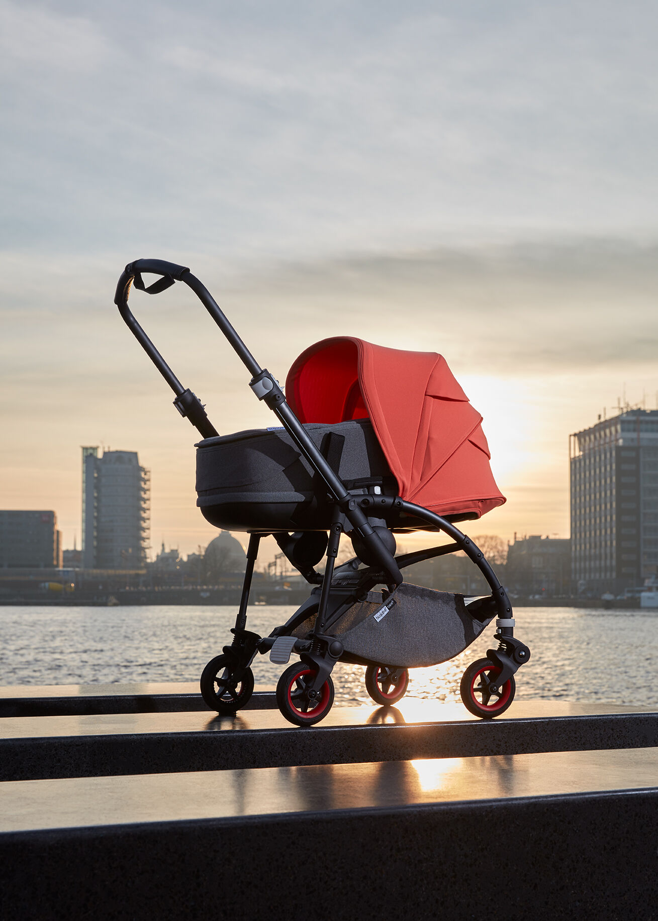 Follow the Bugaboo Bee 5 Coral on its trip around the world
